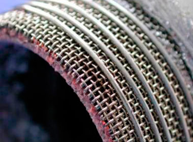 Knitted steel wire for airbag filter mesh