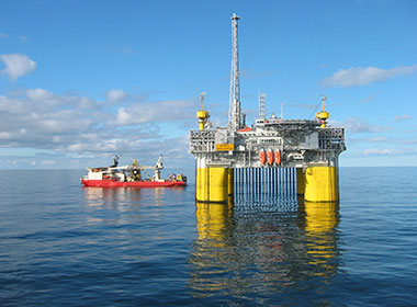 Anchorage rope wire (offshore oil drilling installations)